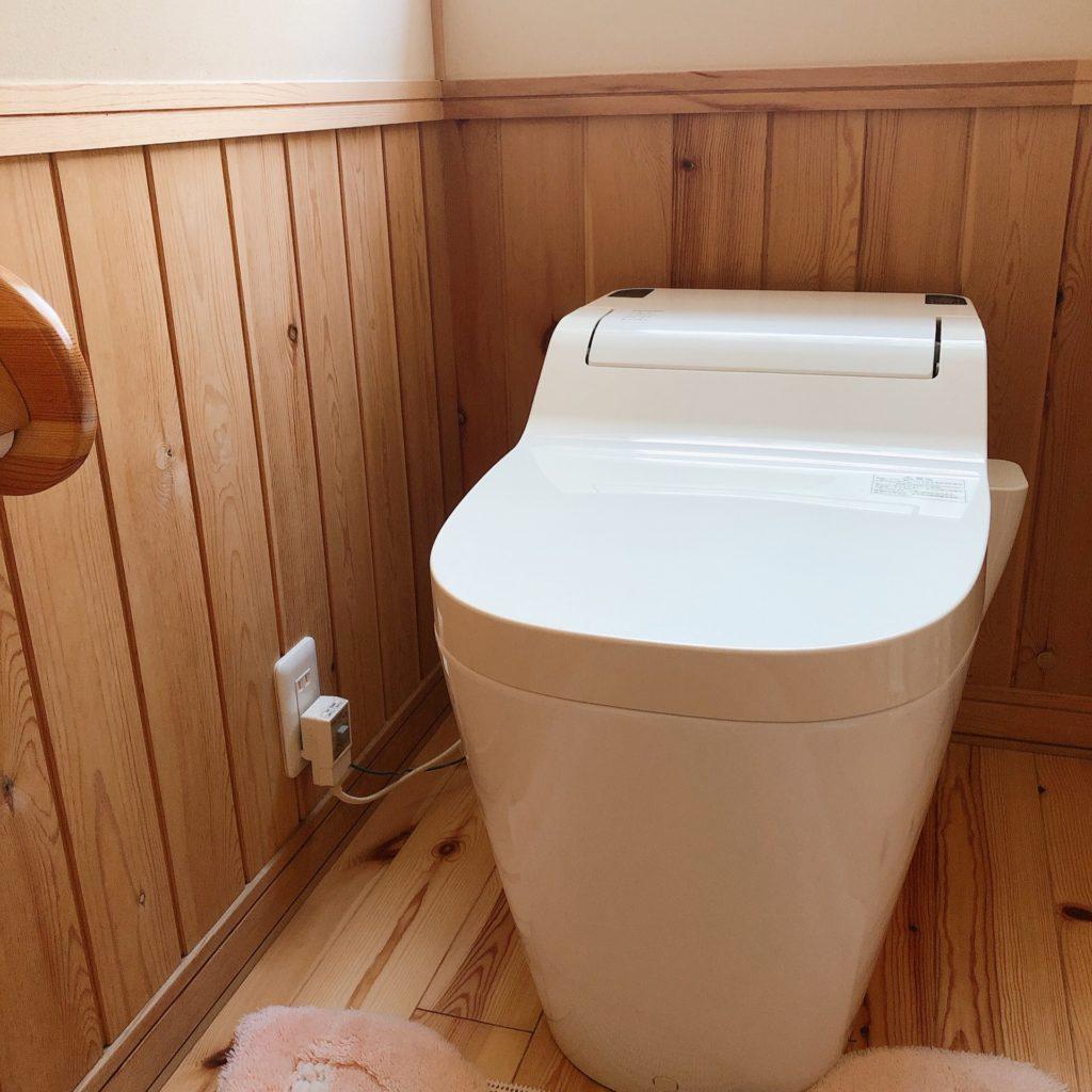 タンクレス式トイレ